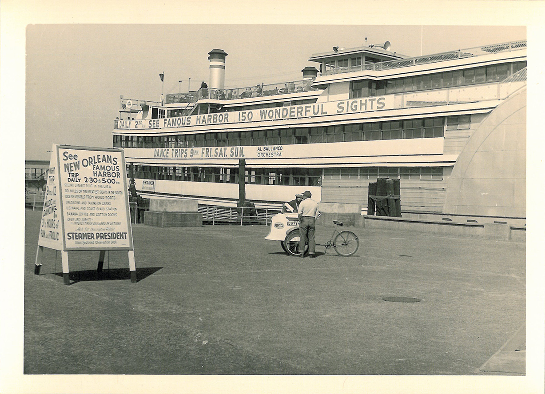 New Orleans, Ausflugsschiff - 111
