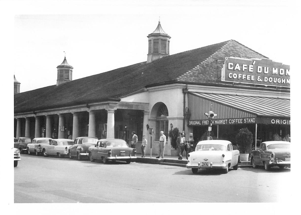 New Orleans, French Market, 800 Decatur Street, Cafe du monde - 053