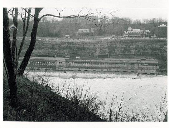 Rückklick XXV: Altes Wasserkraftwerk an den Niagara-Fällen